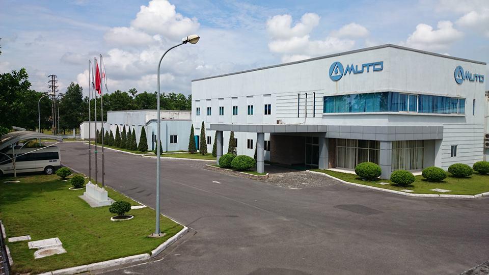 Mài và đánh bóng công trình Nhà máy MUTO – KCN Quang Minh