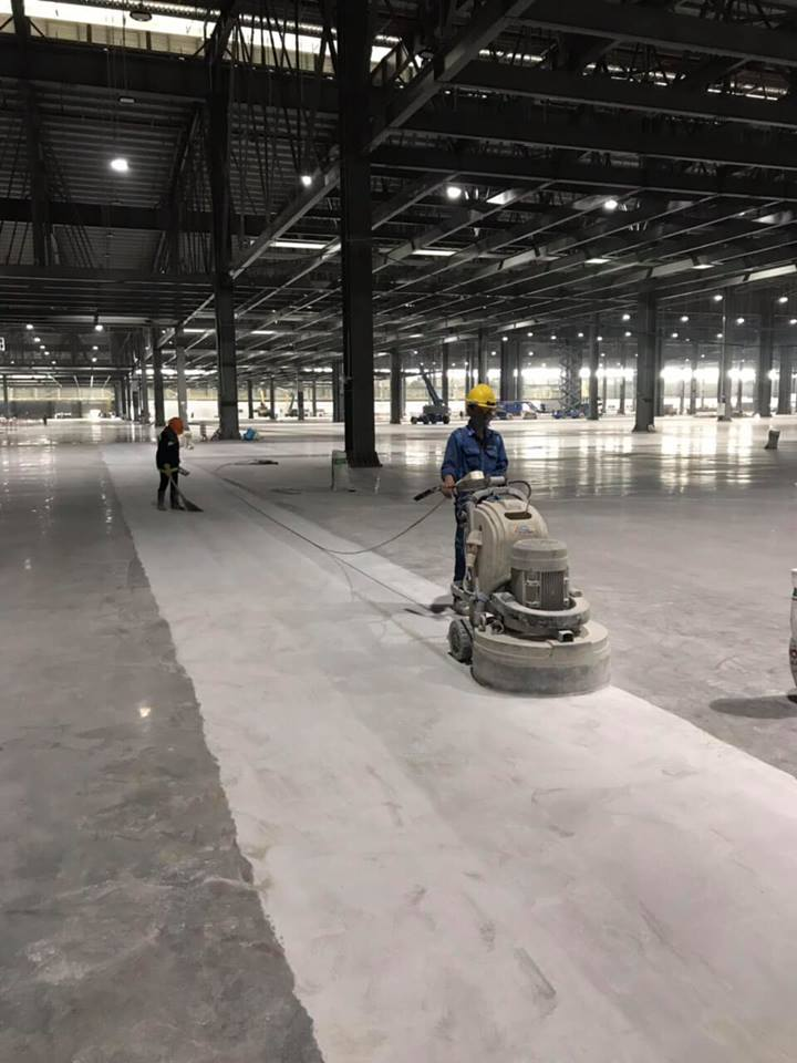 Grinding and polishing concrete floor for VINFAST Factory